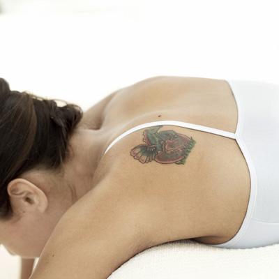 schadensersatz und schmerzensgeld weil bio tattoo sich. Black Bedroom Furniture Sets. Home Design Ideas